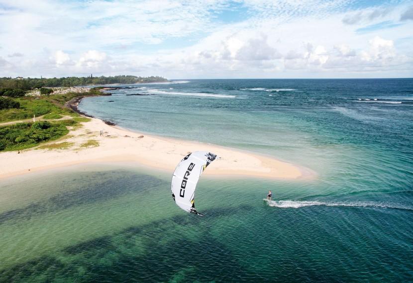 Jak bezpiecznie dobrać rozmiar latawca przed wyjściem na wodę ?