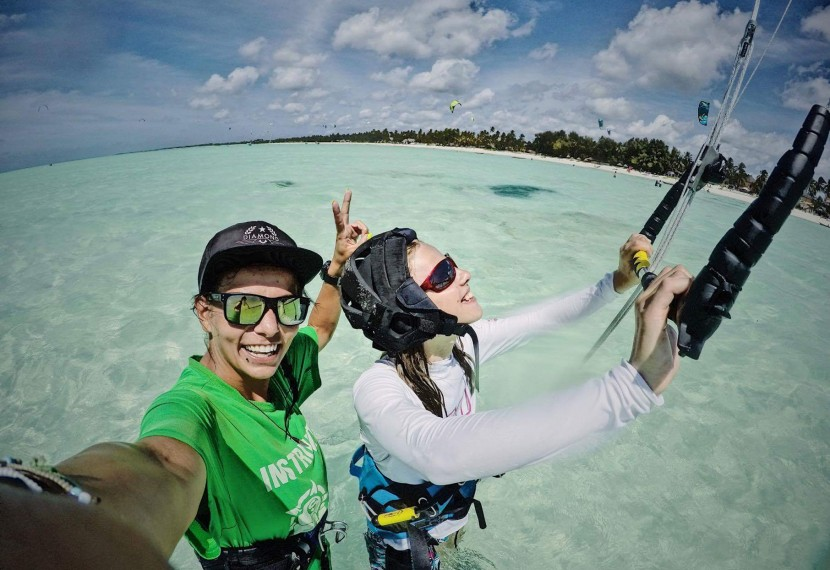 Chcesz zostać kitesurferem, ale nie wiesz jak zacząć? My Ci pomożemy!