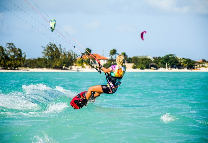 Który 'spot' jest dobry dla początkujących kitesurferów ? Jak go wybrać i czym się kierować?